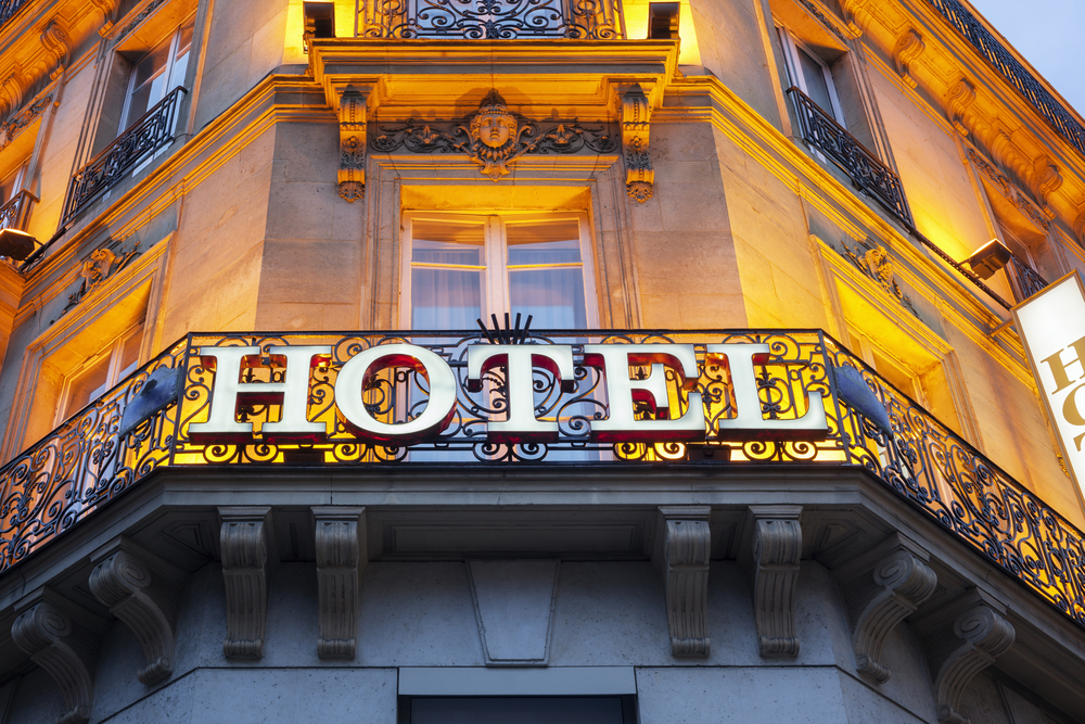 sign with Hotel